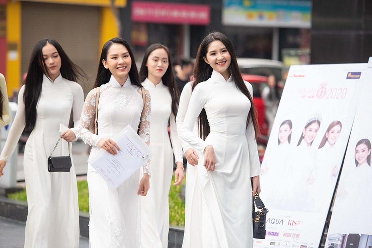 Thi sinh U60 xuat hien o vong So khao HHVN 2020 gay xon xao-Hinh-15