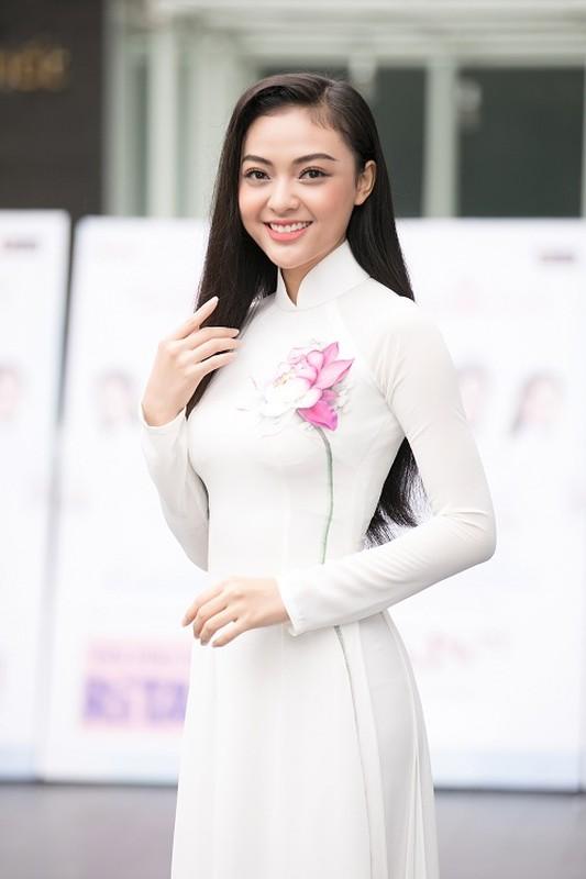 Thi sinh U60 xuat hien o vong So khao HHVN 2020 gay xon xao-Hinh-3