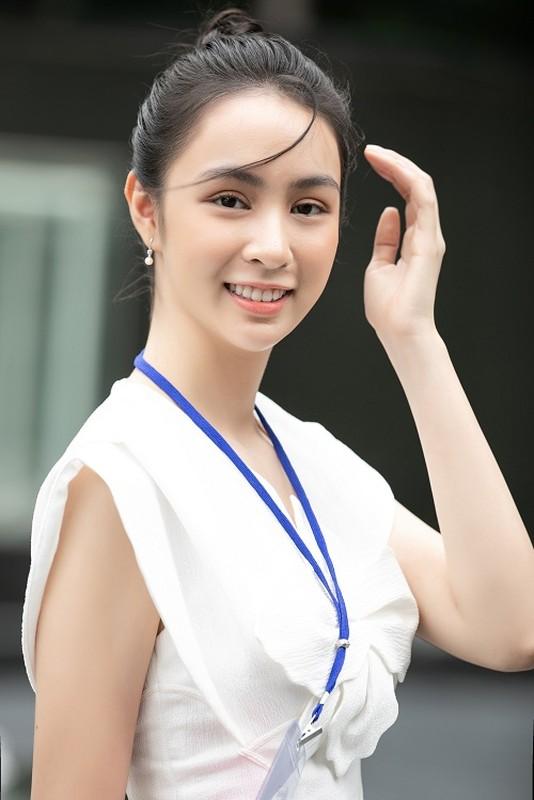 Nhan sac xinh dep dan thi sinh lot Ban ket Hoa hau Viet Nam 2020-Hinh-2