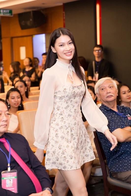 Nhan sac xinh dep dan thi sinh lot Ban ket Hoa hau Viet Nam 2020-Hinh-8