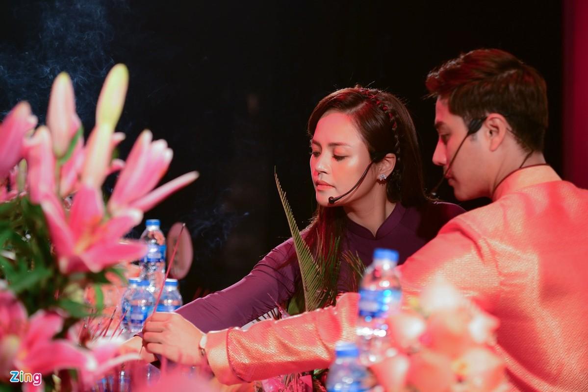 Thanh Son, Thu Quynh quy tu trong ngay gio To nghe san khau-Hinh-3