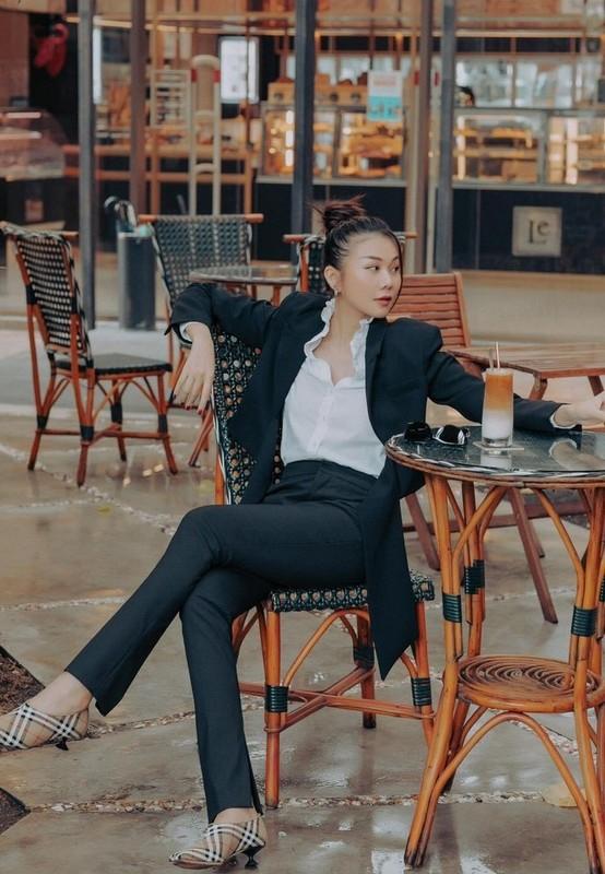 Mai Phuong Thuy vui ve don trung thu ben Noo Phuoc Thinh-Hinh-9