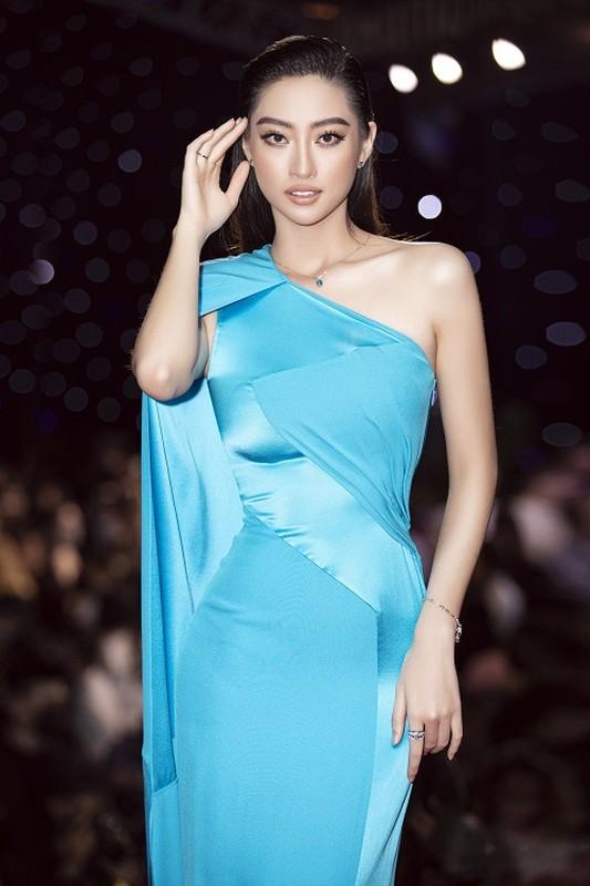 A hau Phuong Anh - Ngoc Thao so ke sac voc o su kien-Hinh-7