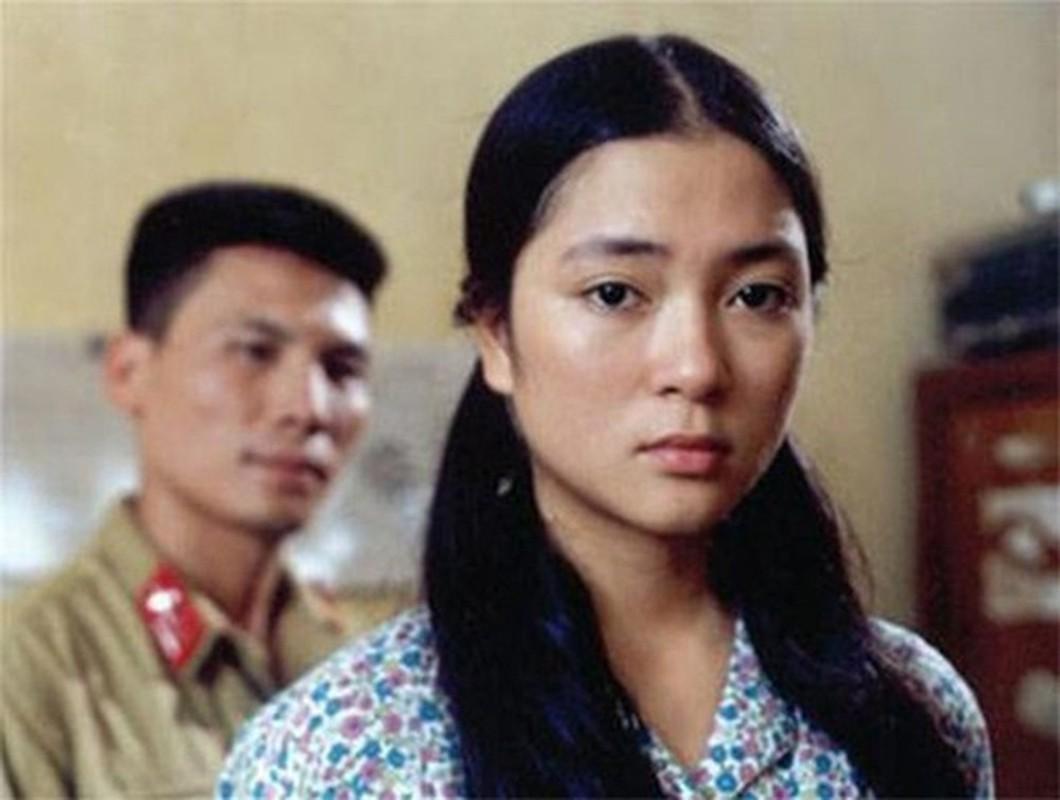 Nhan sac Hoa hau Nguyen Thi Huyen the nao sau 16 nam dang quang?-Hinh-2