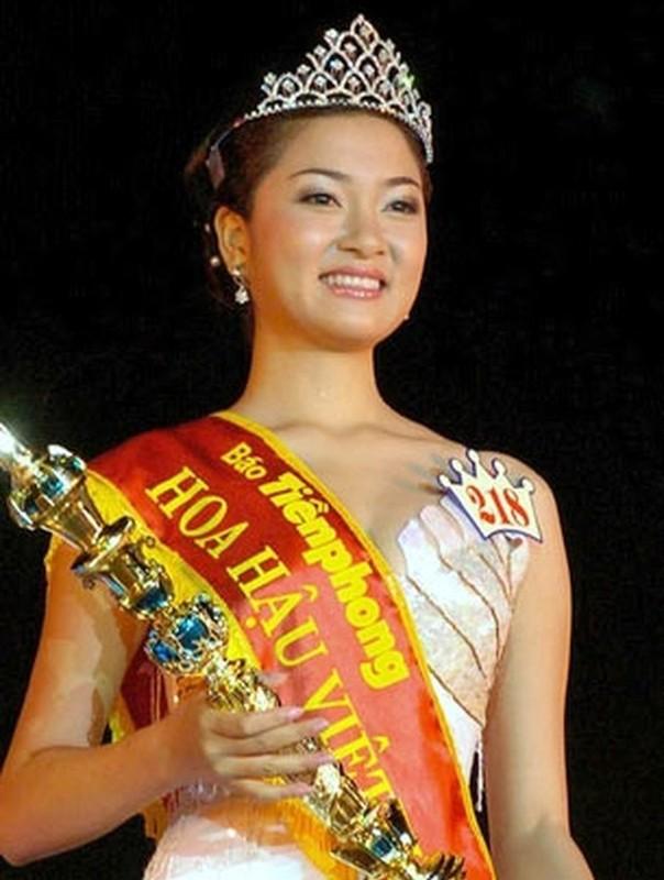 Nhan sac Hoa hau Nguyen Thi Huyen the nao sau 16 nam dang quang?-Hinh-4