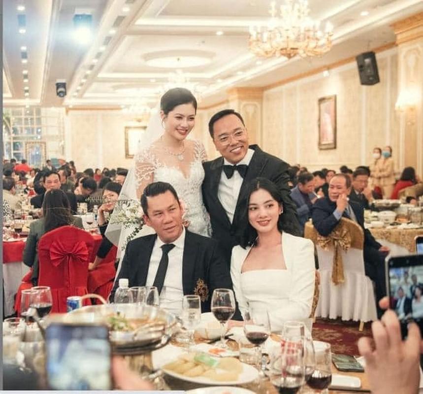 Chong cu hen ho tinh tre kem 27 tuoi, Le Quyen phan ung gi?