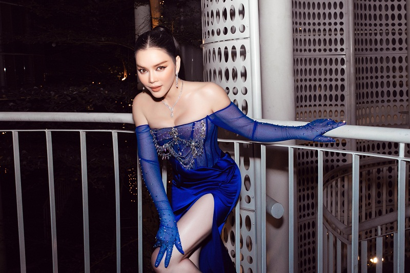 Ly Nha Ky xuat hien sang chanh voi xe hop 40 ty-Hinh-7