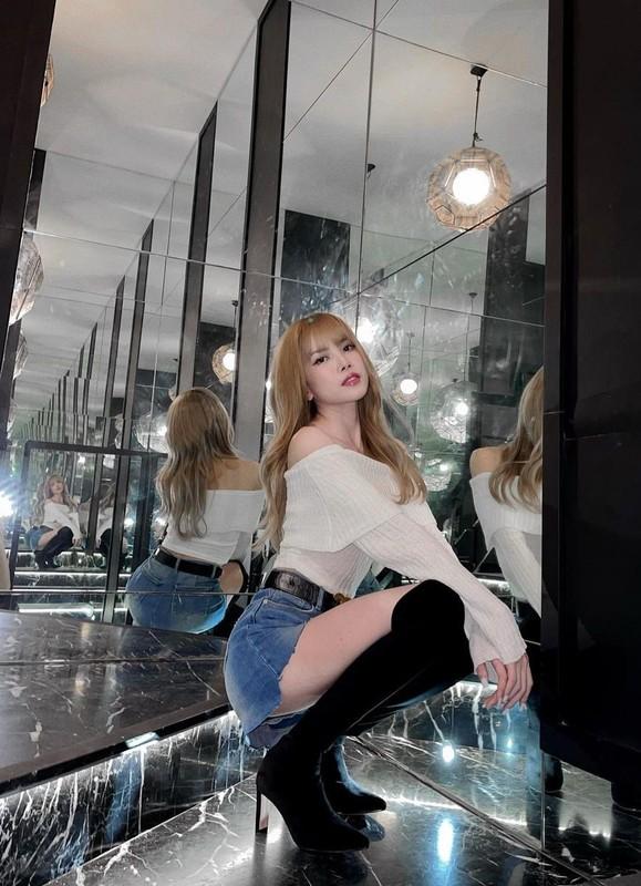 Thieu Bao Tram khoe anh xinh dep giua on ao voi Son Tung-Hinh-4