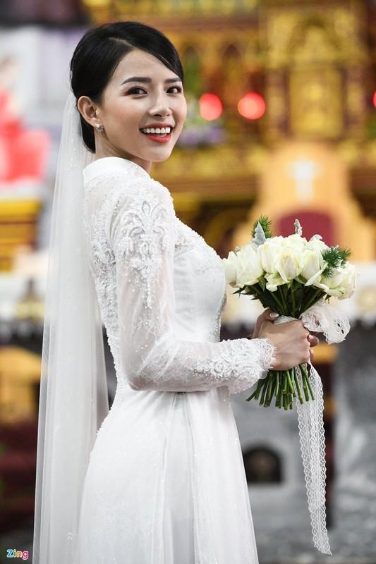 Nhan sac xinh dep cua vo Phan Manh Quynh-Hinh-5