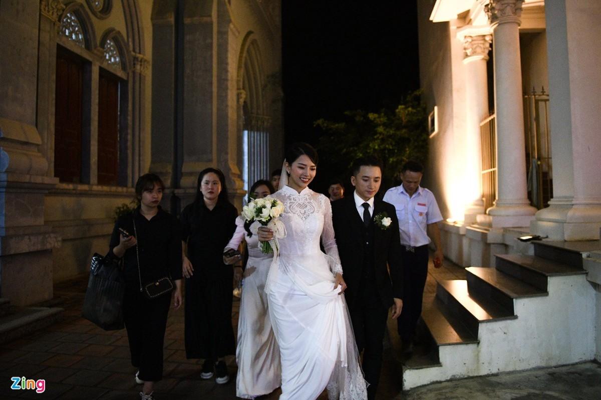 Nhan sac xinh dep cua vo Phan Manh Quynh-Hinh-9