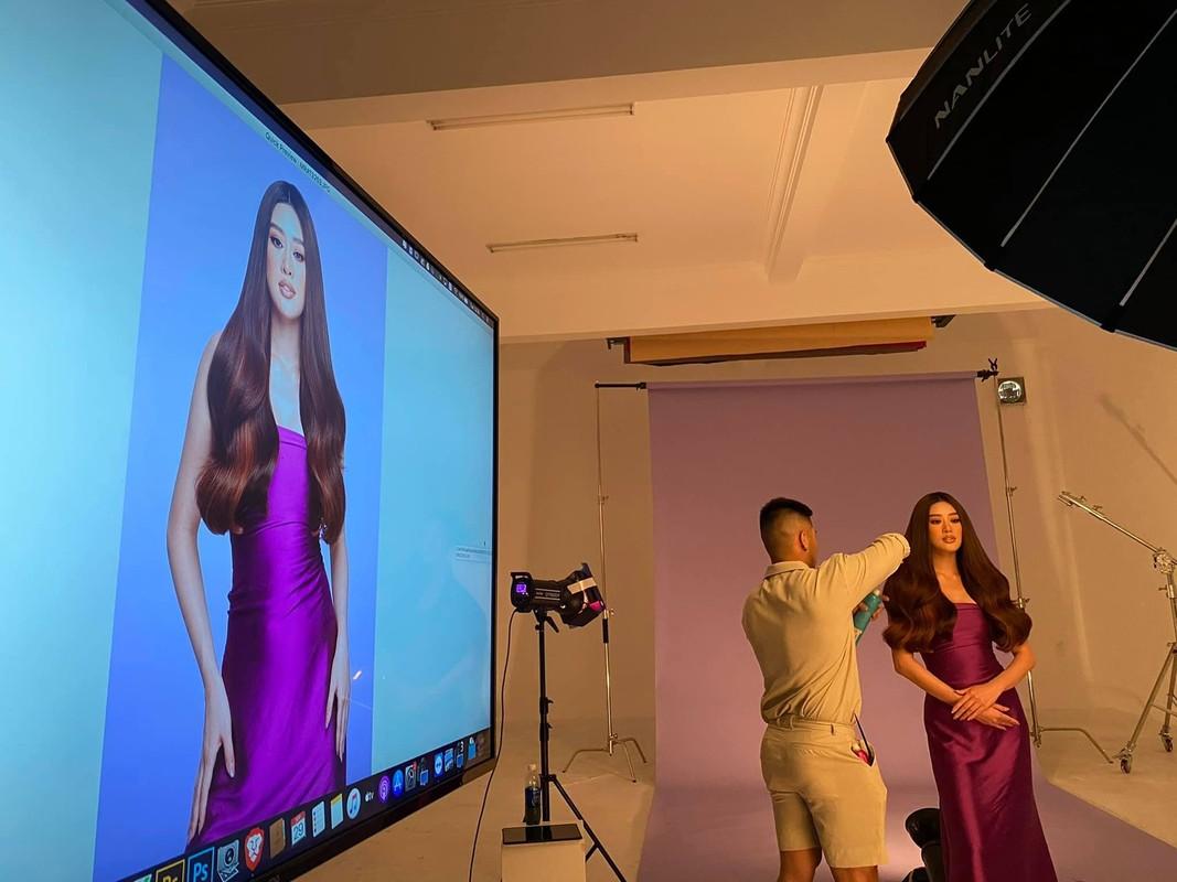 Anh Khanh Van bat khoc khi thu trang phuc cho Miss Universe-Hinh-6