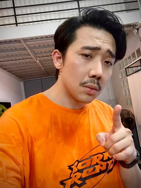 Dang phuc hanh dong tu te cua Tran Thanh truoc on ao sao ke-Hinh-4