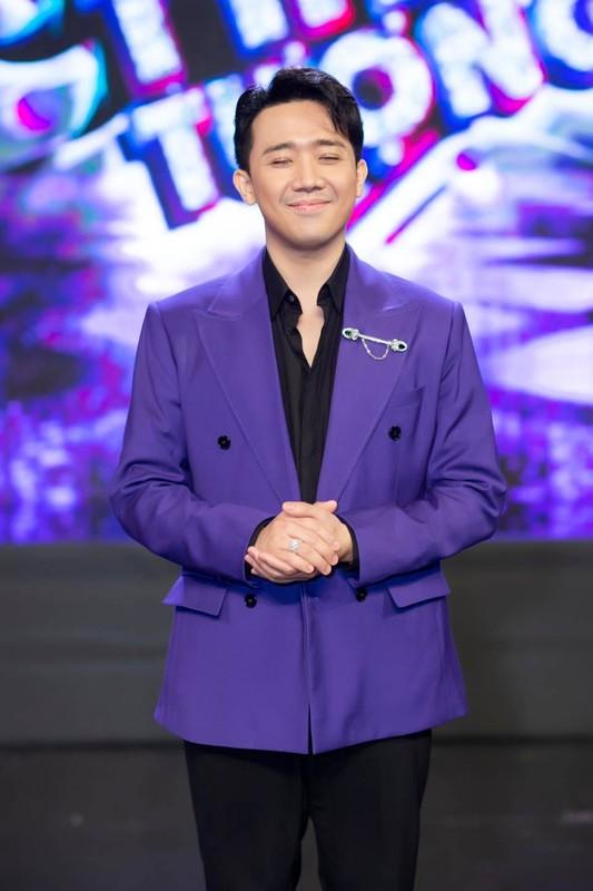 Dang phuc hanh dong tu te cua Tran Thanh truoc on ao sao ke-Hinh-7