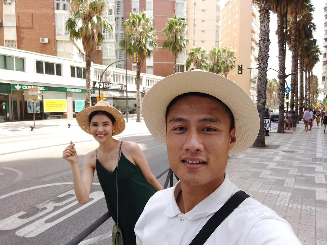 To am hanh phuc cua Ky Han - Mac Hong Quan ben 2 quy tu-Hinh-6