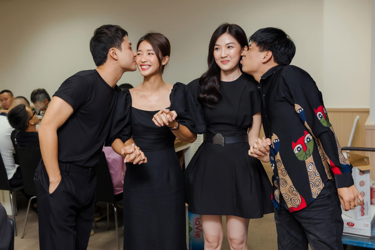 Kha Ngan den tham me Thanh Son, dong nghiep day thuyen