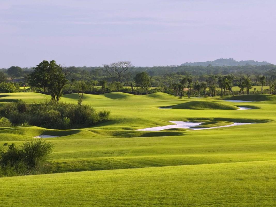 Zoom sat san golf lon nhat the gioi-Hinh-11