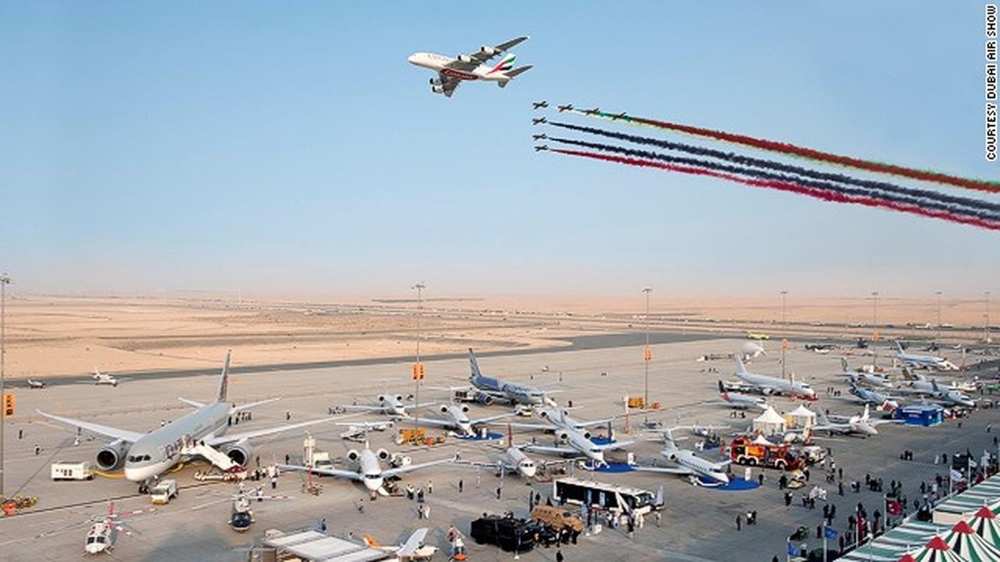 Toan canh hoanh trang cua trien lam hang khong Dubai Air Show-Hinh-4