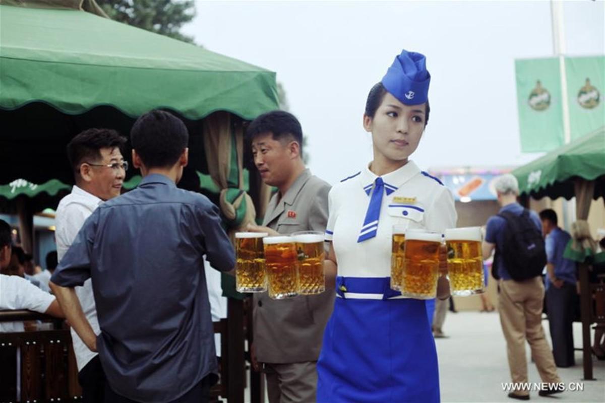 Anh hiem ve Le hoi Bia Taedonggang o Trieu Tien