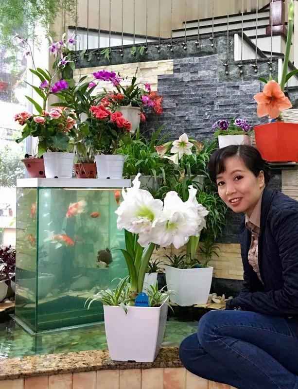 Ngoi nha nhin dau cung thay hoa no cua ca si Bich Phuong-Hinh-12