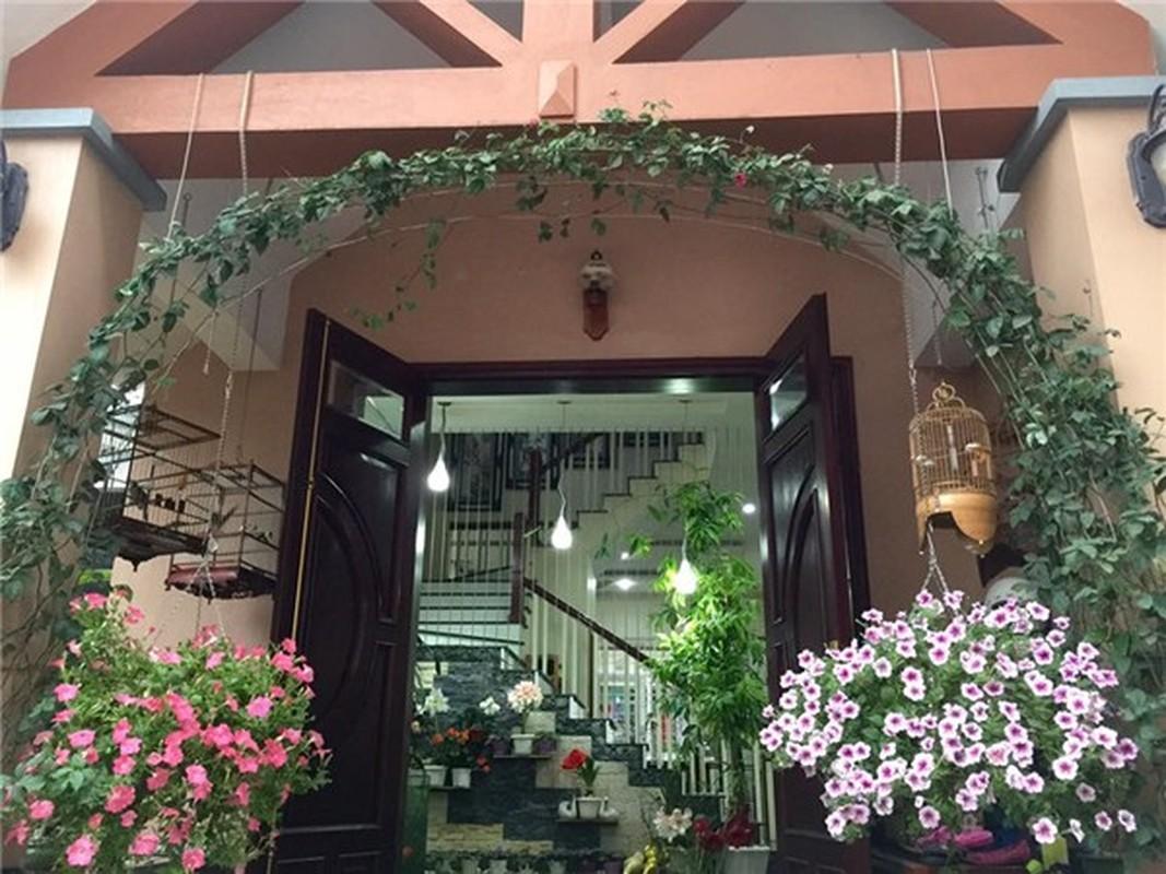 Ngoi nha nhin dau cung thay hoa no cua ca si Bich Phuong-Hinh-3