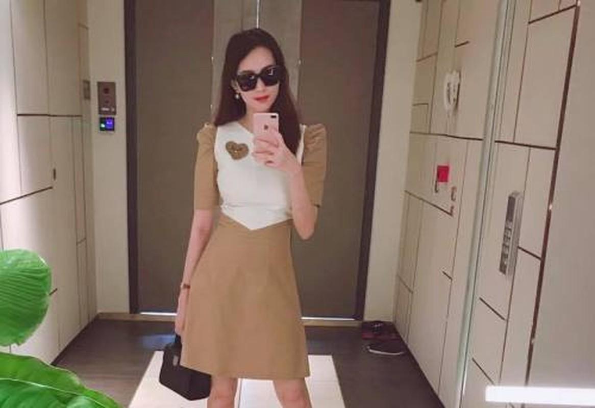 Gu thoi trang dep hut hon cua Hoa Hau Thu Thao sau sinh con-Hinh-2