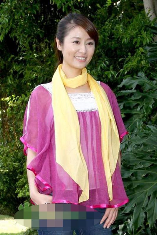 Nhung bo thoi trang tham hoa khien Lam Tam Nhu phai xau ho-Hinh-7