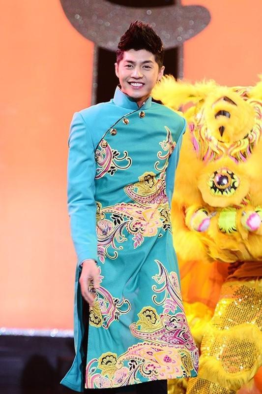 """Xem cac my nam Viet """"xung xinh"""" ao dai du xuan don Tet-Hinh-14"""