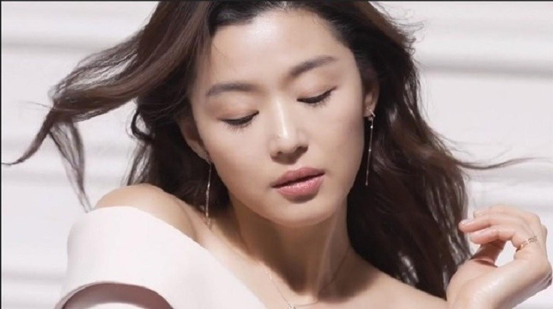 """Mo chanh"" Jun Ji Hyun dep kho cuong o tuoi 37-Hinh-4"