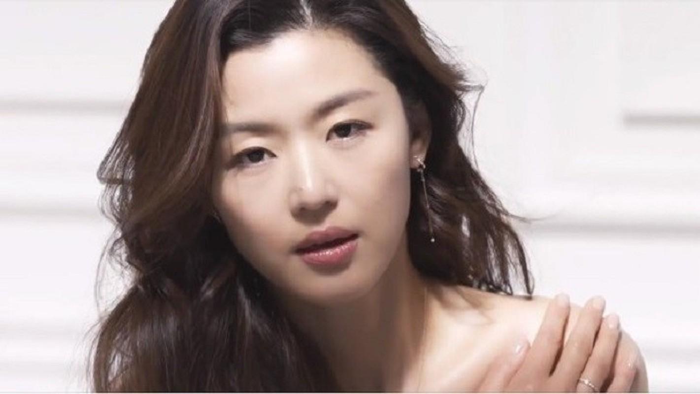 """Mo chanh"" Jun Ji Hyun dep kho cuong o tuoi 37-Hinh-5"
