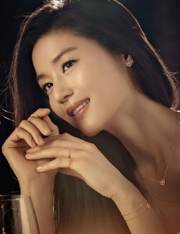 """Mo chanh"" Jun Ji Hyun dep kho cuong o tuoi 37-Hinh-8"