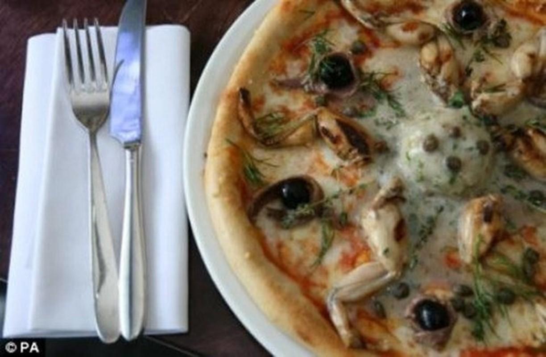 Rung minh voi nhung loai banh pizza kinh di moi xuat hien tai Viet Nam-Hinh-11
