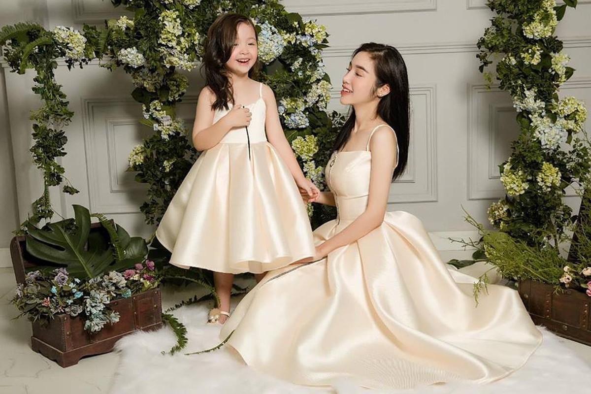 Chiem nguong thoi trang doi an tuong cua me con Elly Tran-Hinh-4