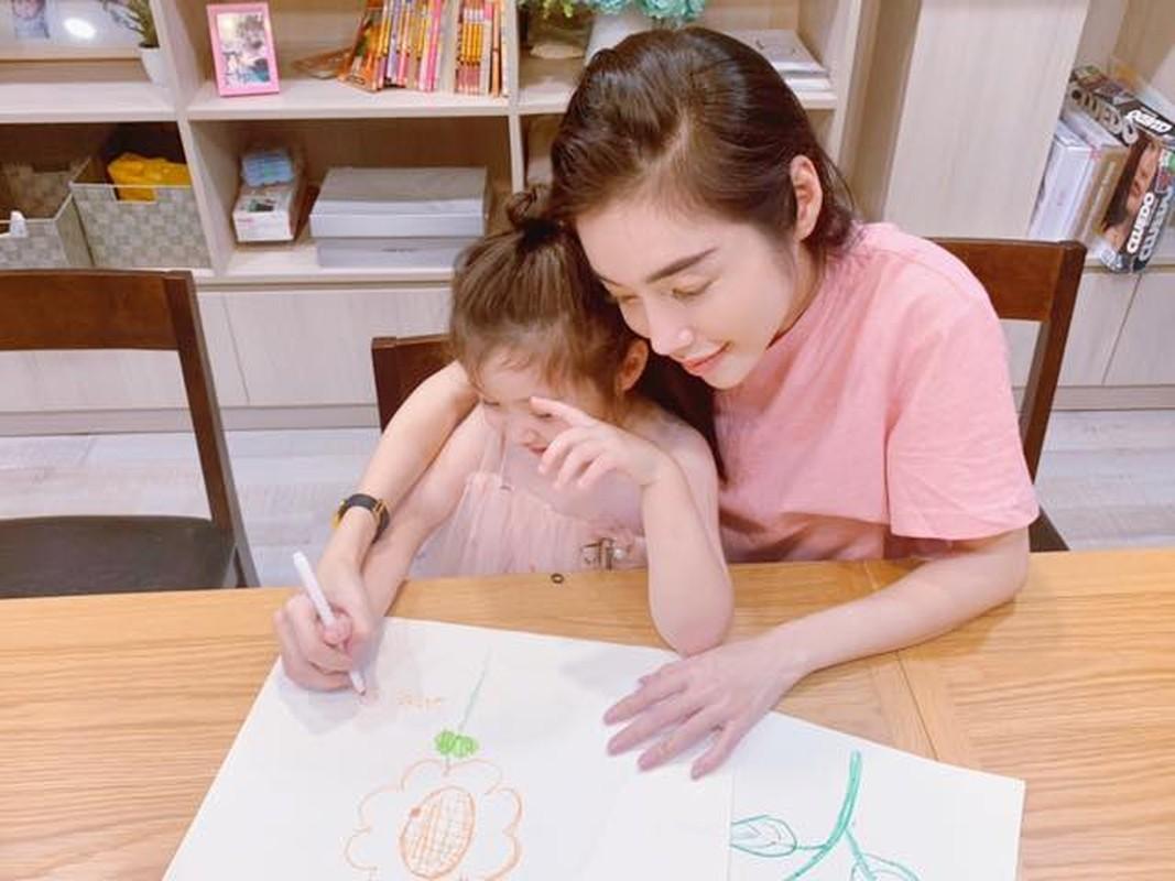 Chiem nguong thoi trang doi an tuong cua me con Elly Tran-Hinh-8