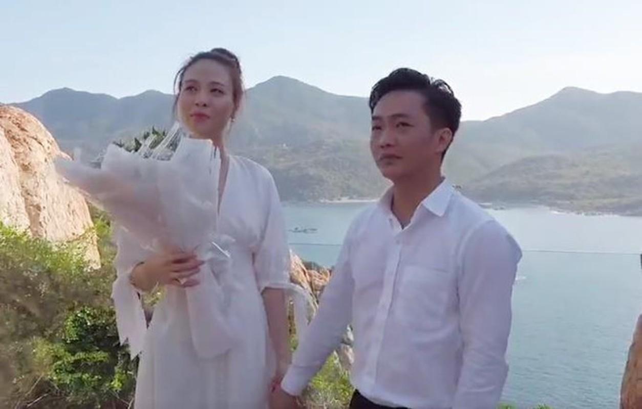 Khong ngo Dam Thu Trang, vo sap cuoi Cuong Do La, an mac gian di the nay-Hinh-2