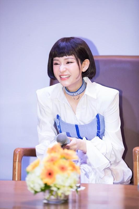 "Ngam gu thoi trang dep ""chat ngat"" cua ca si Hien Ho-Hinh-4"