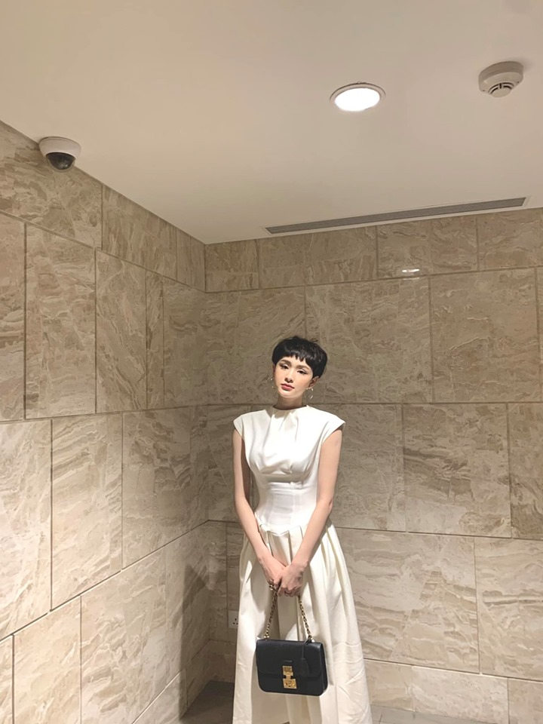 "Ngam gu thoi trang dep ""chat ngat"" cua ca si Hien Ho-Hinh-5"