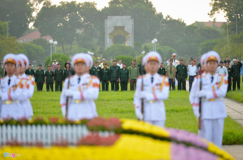 Nghi le thuong co o Lang Chu tich Ho Chi Minh-Hinh-7
