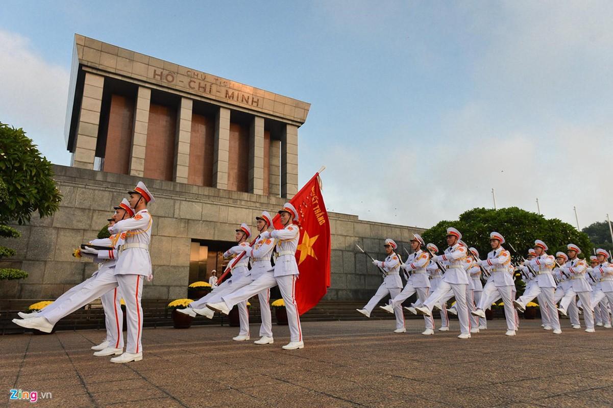 Nghi le thuong co o Lang Chu tich Ho Chi Minh-Hinh-8
