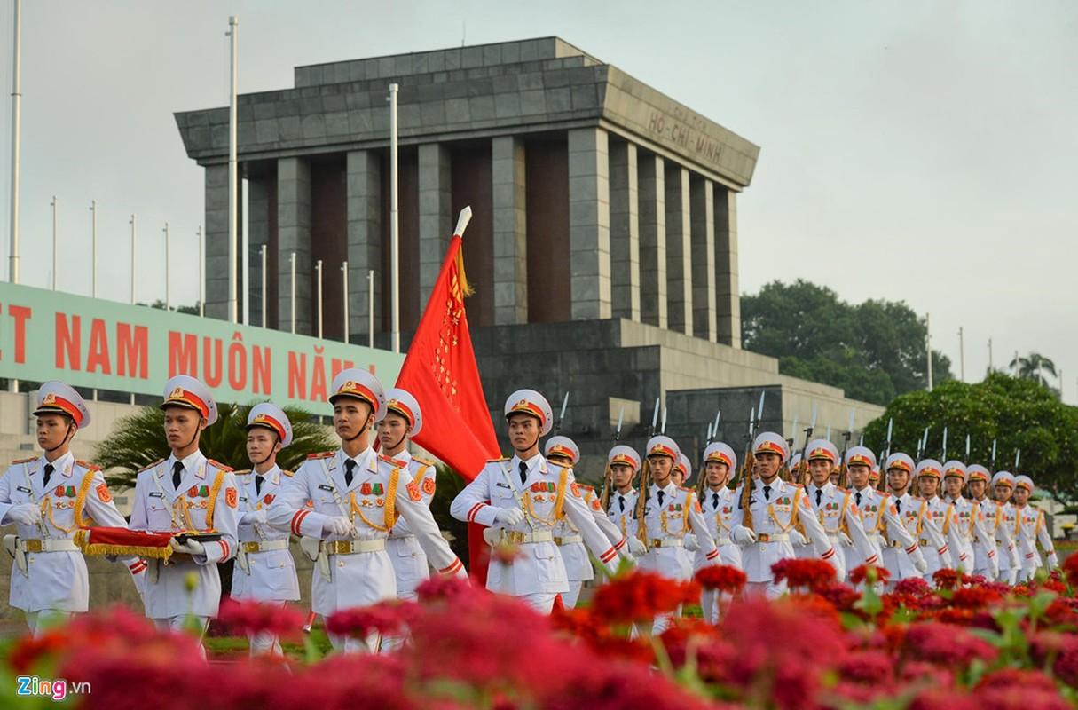 Nghi le thuong co o Lang Chu tich Ho Chi Minh-Hinh-9