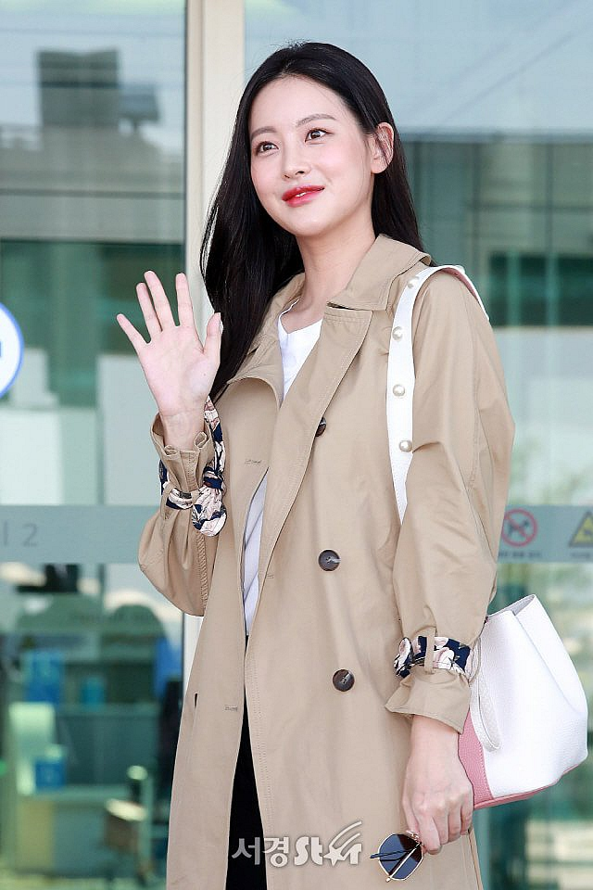 """""""Tieu tam"""" bi nghi ngoai tinh voi Ahn Jae Hyun an mac goi cam vo cung-Hinh-11"""