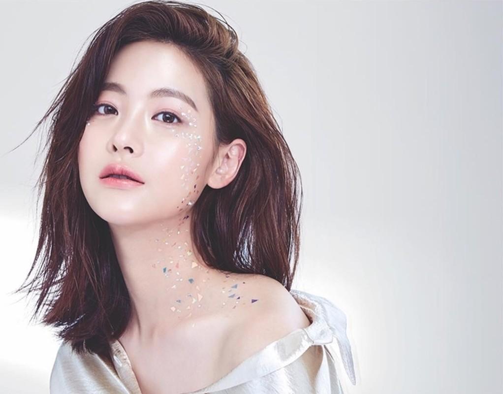 """""""Tieu tam"""" bi nghi ngoai tinh voi Ahn Jae Hyun an mac goi cam vo cung-Hinh-7"""