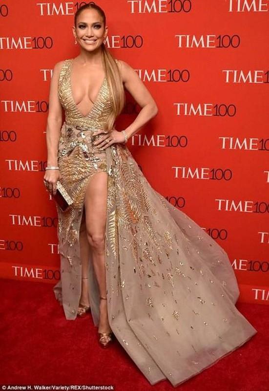 Jennifer Lopez chuong mot thoi trang ho bao du da 50 tuoi-Hinh-5