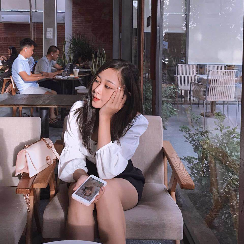 Phong cach thoi trang cuc tre trung cua hot girl giao vien ban gai Phan Van Duc-Hinh-11