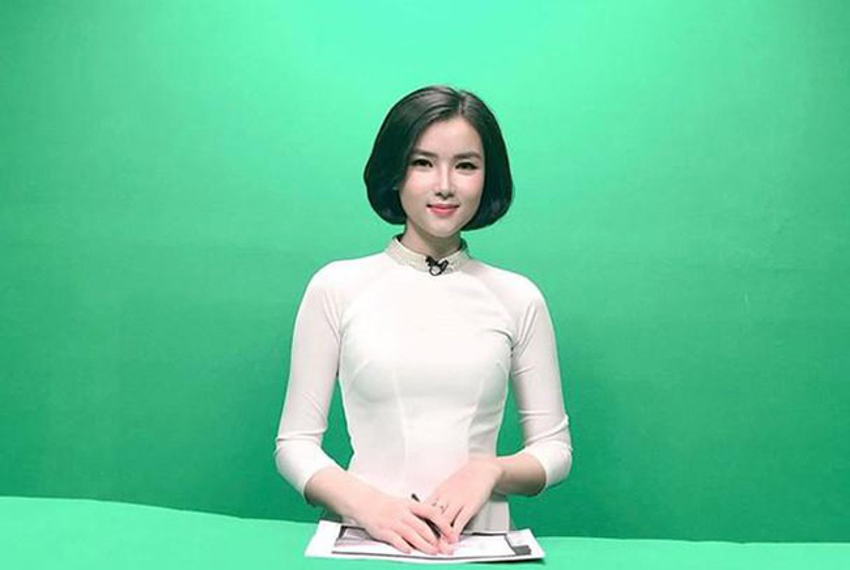 Gu thoi trang sexy cua nu MC nghi hen ho voi thu mon Bui Tien Dung-Hinh-2