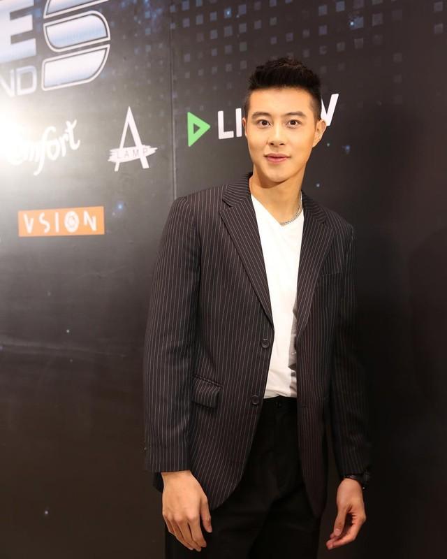"""Chang trai hai lan """"cam sung"""" Huong Giang so huu gu thoi trang lich lam-Hinh-10"""