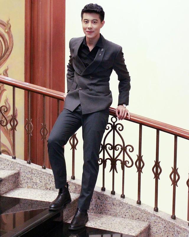 """Chang trai hai lan """"cam sung"""" Huong Giang so huu gu thoi trang lich lam-Hinh-7"""