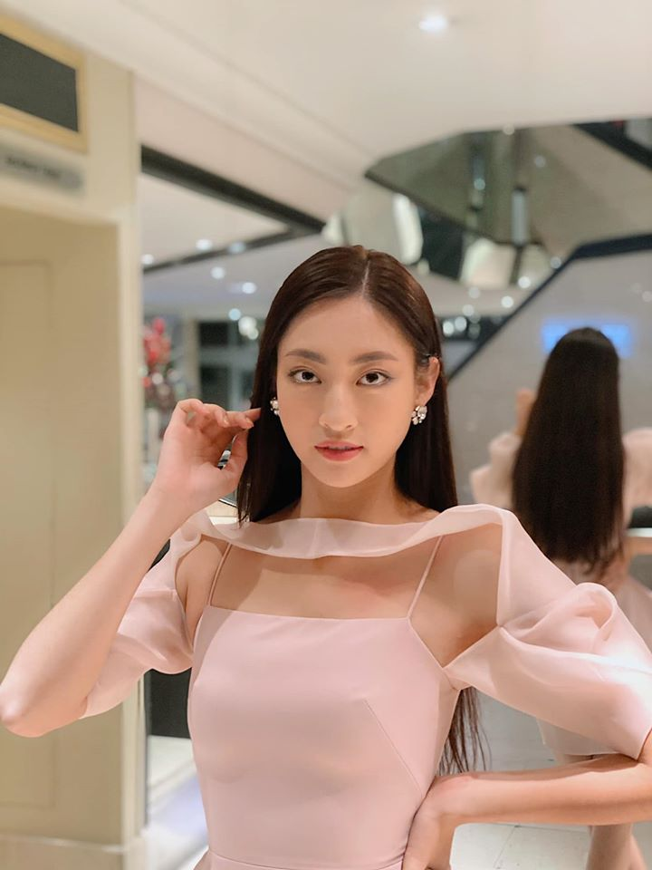 Ngam lai loat vay ao quyen ru cua Luong Thuy Linh tai cuoc thi Miss World 2019-Hinh-10