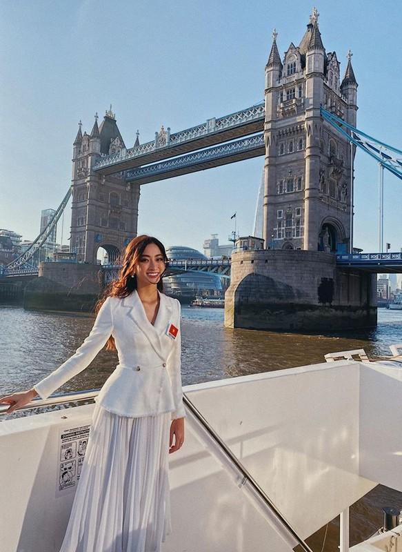 Ngam lai loat vay ao quyen ru cua Luong Thuy Linh tai cuoc thi Miss World 2019-Hinh-8
