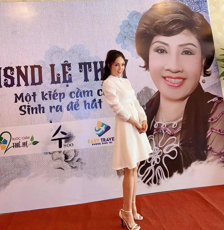 "Khong ngo ""di ghe"" trong phim Tiem an di ghe ngoai doi mac sanh dieu den vay-Hinh-6"