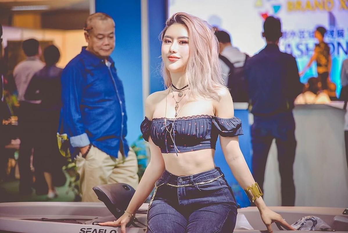 "Bi quyet giup hot girl Tracy Le tu than hinh ""co huong"" thanh voc dang boc lua"